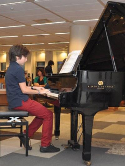 Optreden leerlingen van piano-docente Elena Kozlova