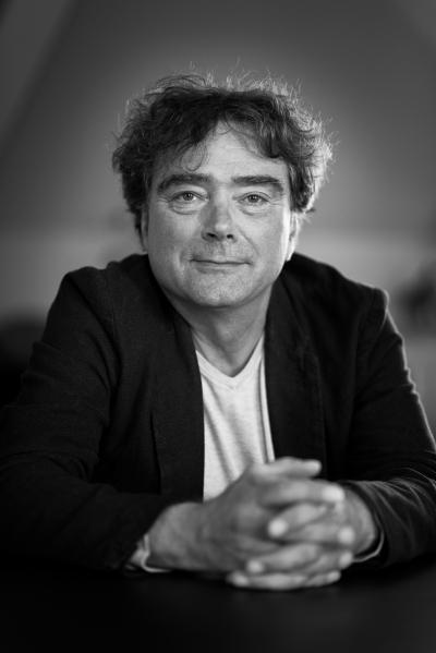 Bert Wagendorp: interview en signeersessie